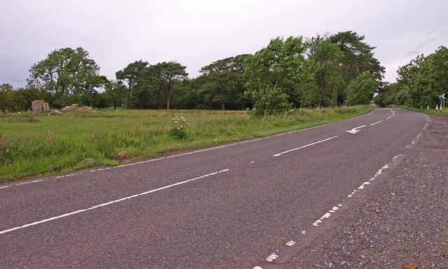 A736, crossing Bloak Moss