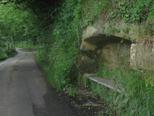 Bench in the rocks on Furnace Lane