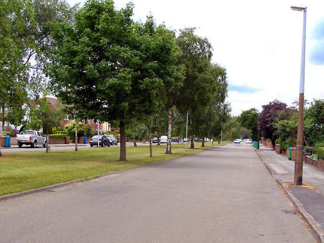 Mainway, Alkrington Garden Village