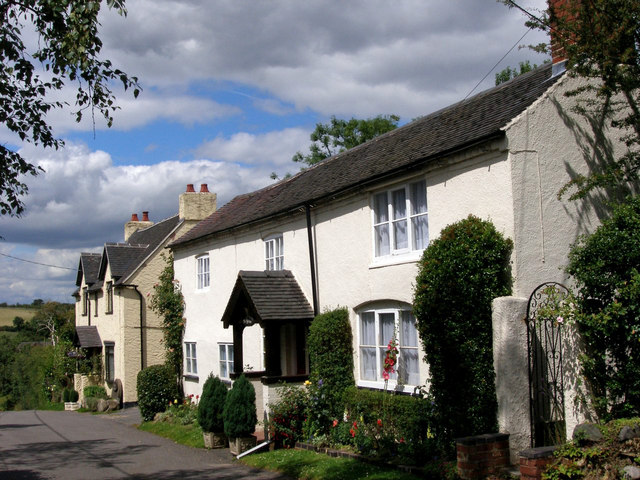 Cottages in Mill Street, Packington