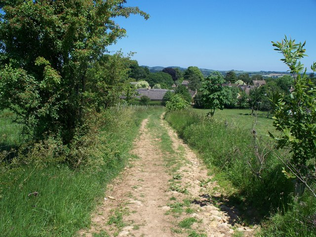 Approaching Broad Campden