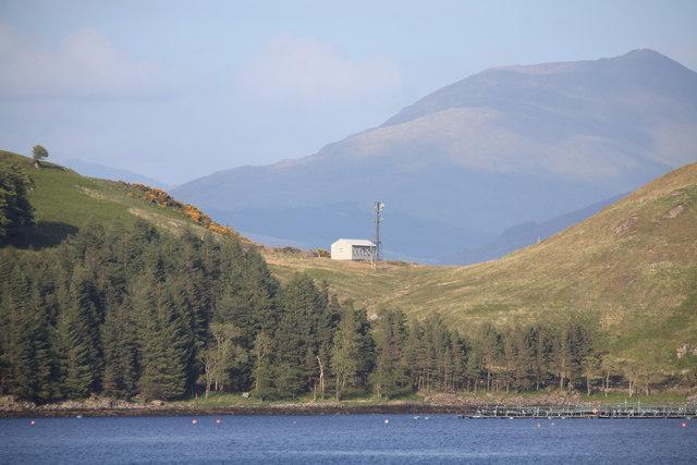 Radio mast at Ceanna Mor, Loch á Choire