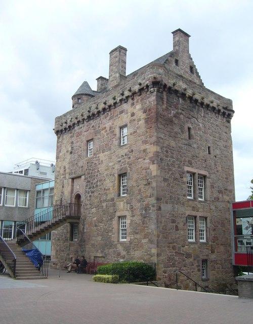Merchiston Tower, Napier Road