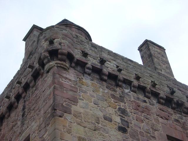 Merchiston Tower, corbelled parapet