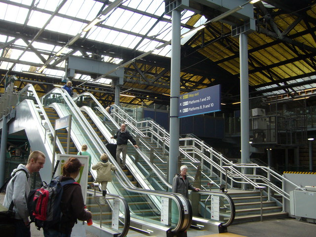 Waverley Station escalator