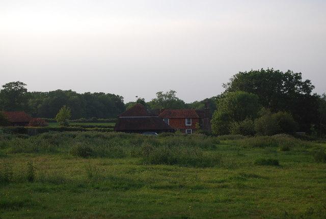 Tile hung house, Charcott
