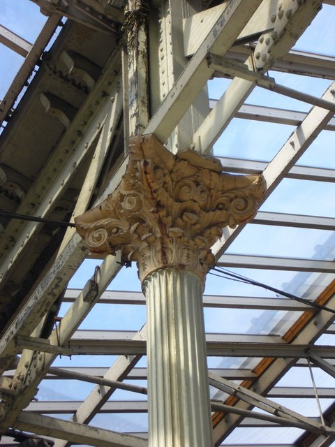 Corinthian capital, Waverley Station