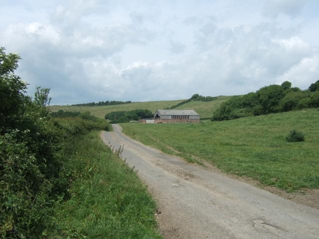 Barn beside Chilcombe Lane