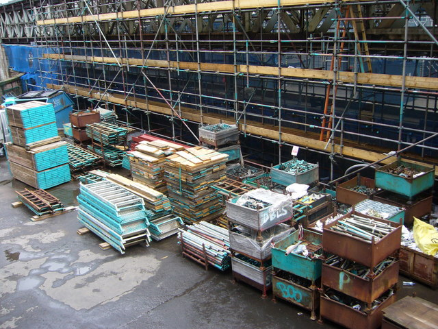 Waverley Station roof materials arrive