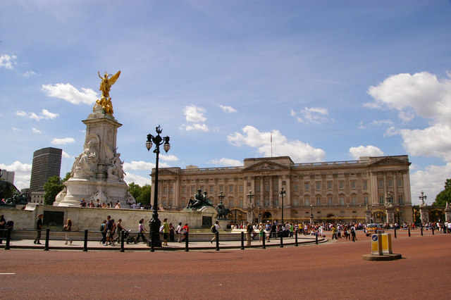 Buckingham Palace and Victoria Memorial