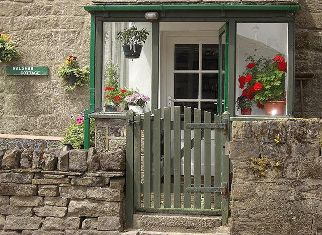 Walshaw Cottage, Walshaw