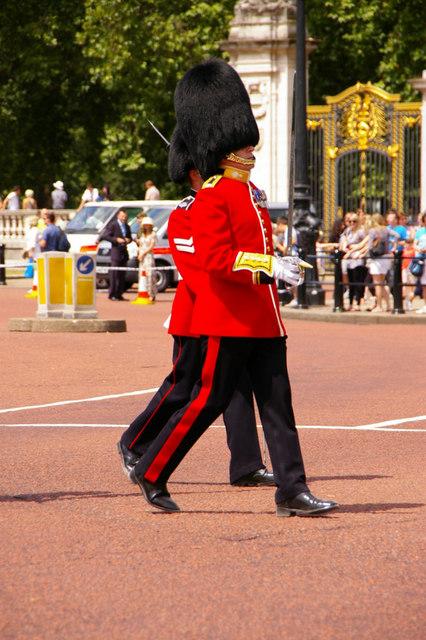 Footguard Soldiers, Buckingham Palace