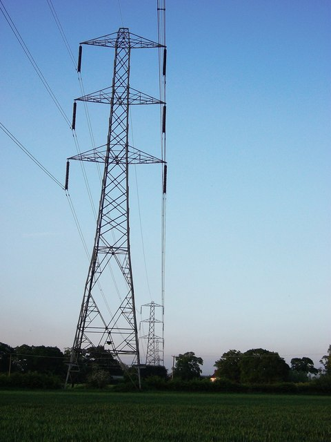 Electricity pylons north of Black Hales Farm