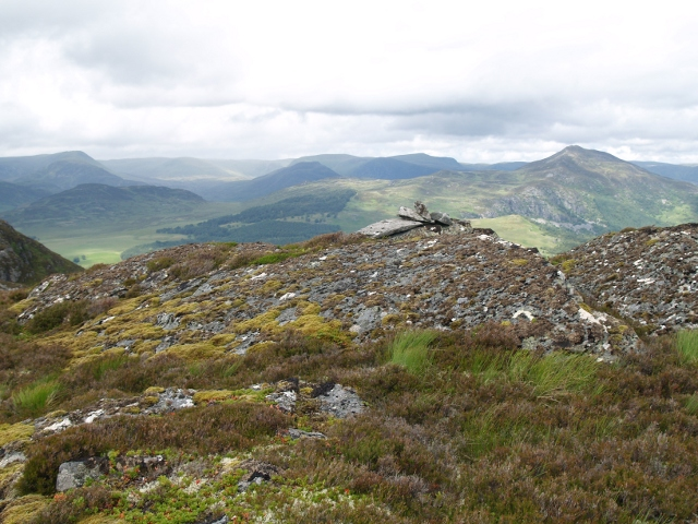 Summit, Meallach Chaitrine