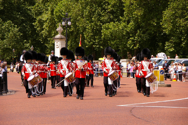 Footguard Soldiers, The Mall, London