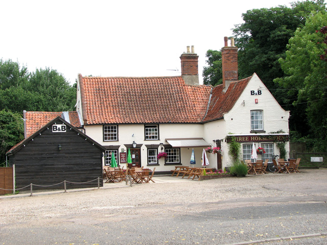 The Three Horseshoes public house and B&B, North Cove
