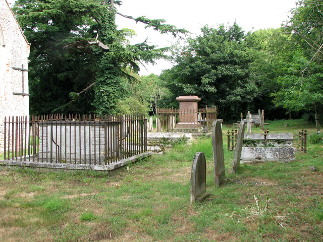 St Botolph's church in North Cove - churchyard