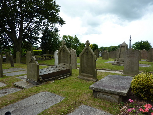 St Anne's Church, Woodplumpton, Graveyard