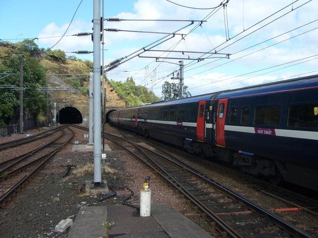 Train entering the Calton Tunnel