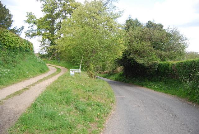 Footpath to Lindfield Farm off Blackbrook Lane