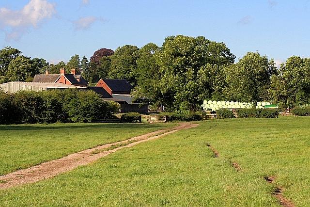 Public Footpath to Gate House Farm