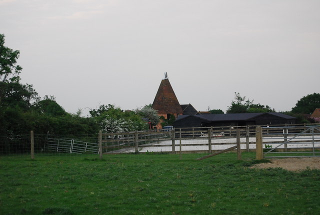 Charcott Farm Oast house