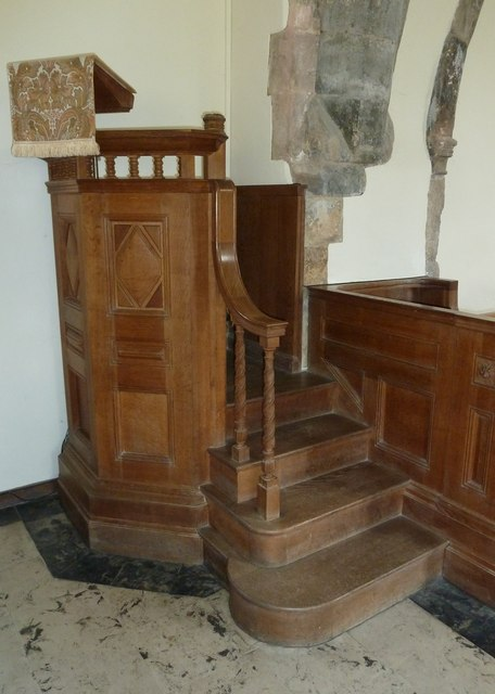 All Saints, Dibden- pulpit