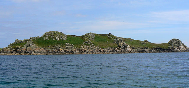 Ragged Island in the Eastern Isles, Scilly