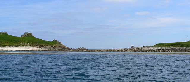 Rocky bar between Nornour and Great Ganilly, Scilly