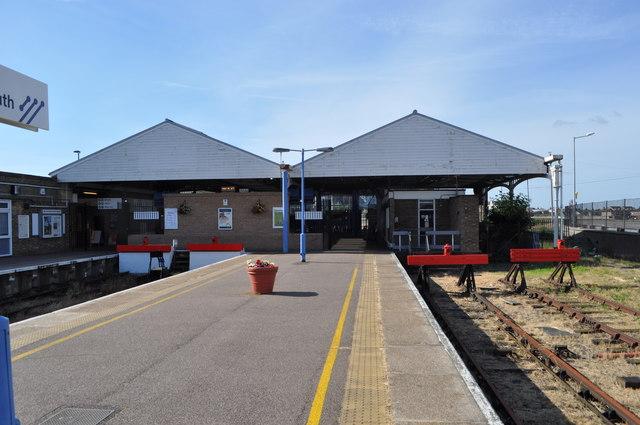 Yarmouth Railway Station