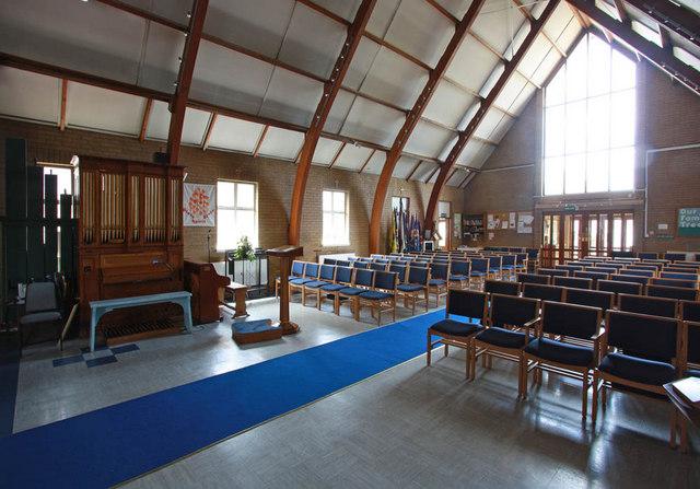 St Andrew, Brampton Road, Bostall Heath, Bexleyheath, Kent DA7 - Interior