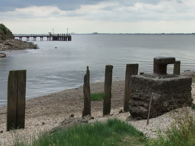 Hessle Haven enters the Humber
