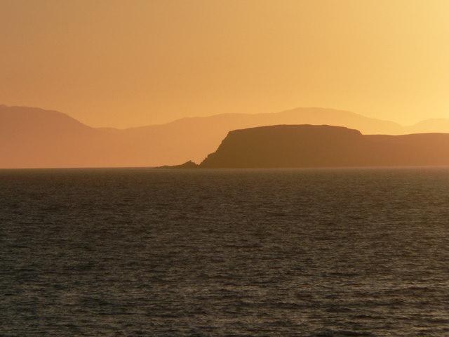 Sunset behind Mull of Cara