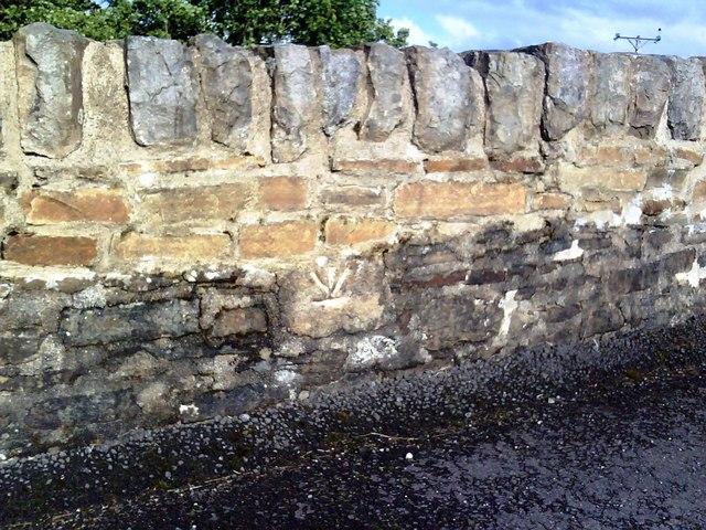 Thwaite Bridge east parapet