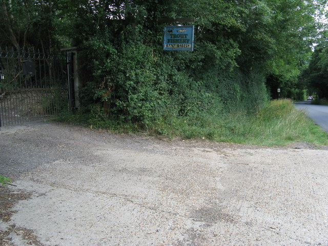 Entrance to Hastingsford Fishery