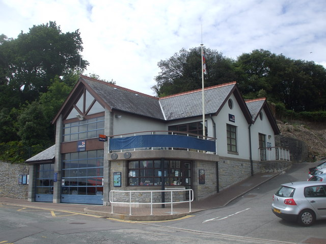 Lifeboat station and shop, Penarth