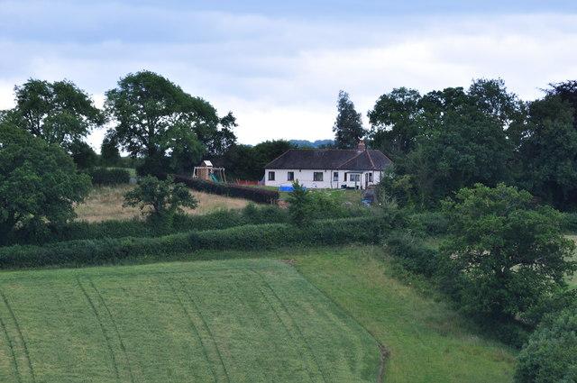 Mid Devon : Bungalow & Hillside