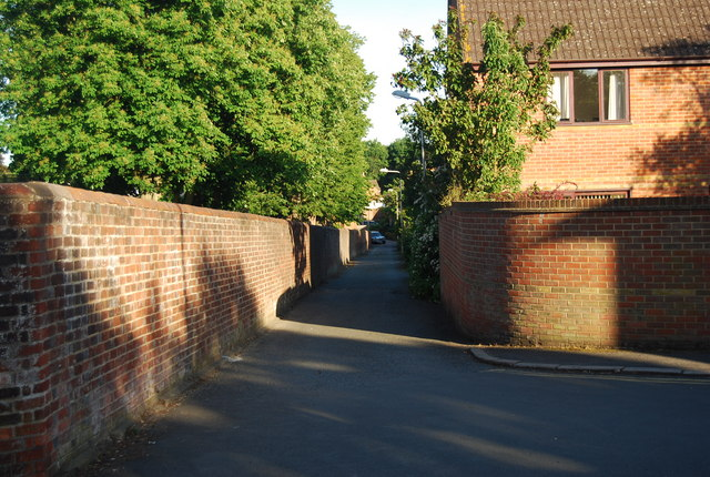 Footpath at the end of Havelock Rd
