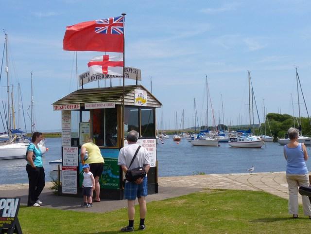 Boat Rental Kiosk at Christchurch Quay