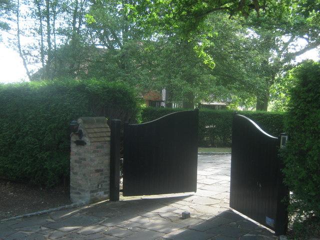 Entrance to Chantrils