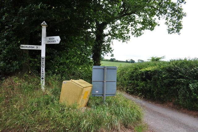 Mid Devon : Wormsland Signpost