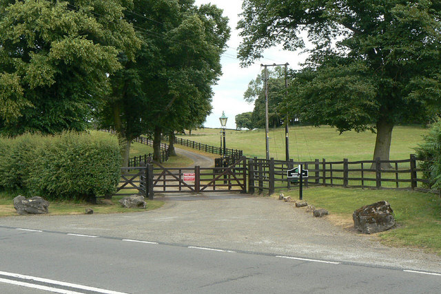 Entrance to Forest Farm