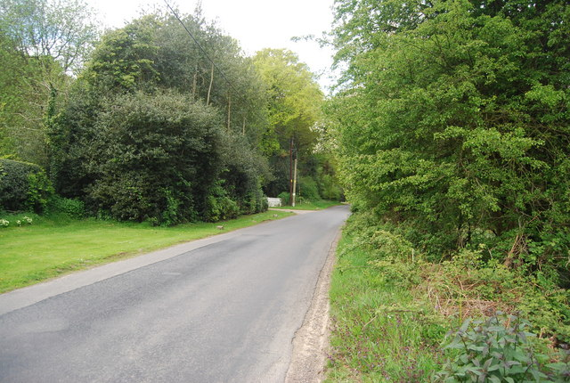 Road across Lane End Common