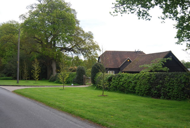 Houses on Lane End Common