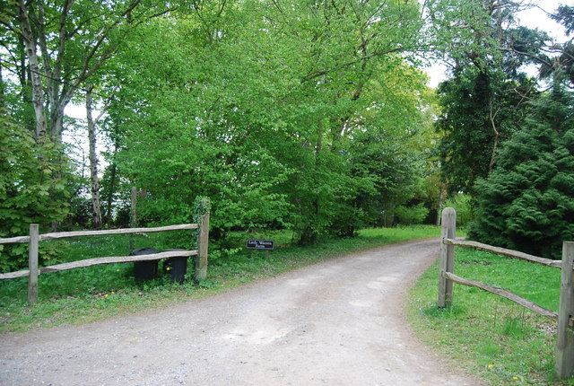 Entrance to Little Warren Farm