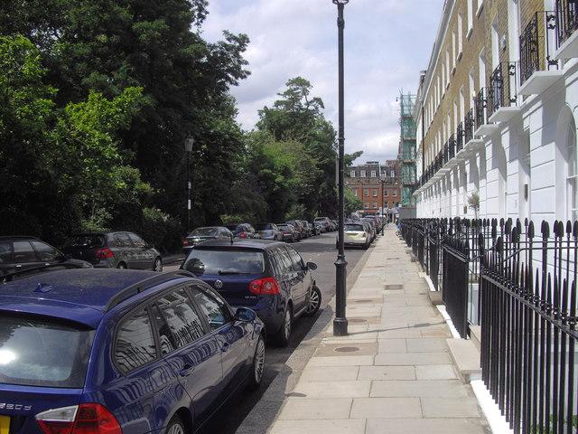 Paultons Square looking toward Kings Road, Chelsea
