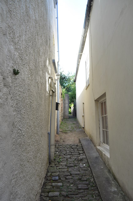Alleyway off Hocker Hill