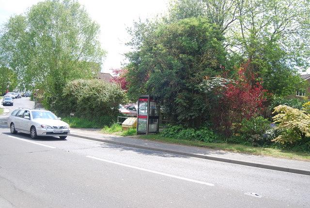 Telephone box, High St, Newick
