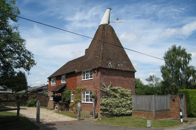 Park Farm Oast, Colliers Green Road, Colliers Green, Kent
