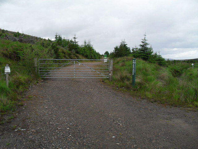 Track  to Tramp's Cairn